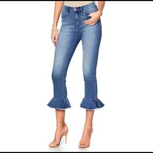 NWT DG2 by Diane Gilman Cropped Ruffled Jeans